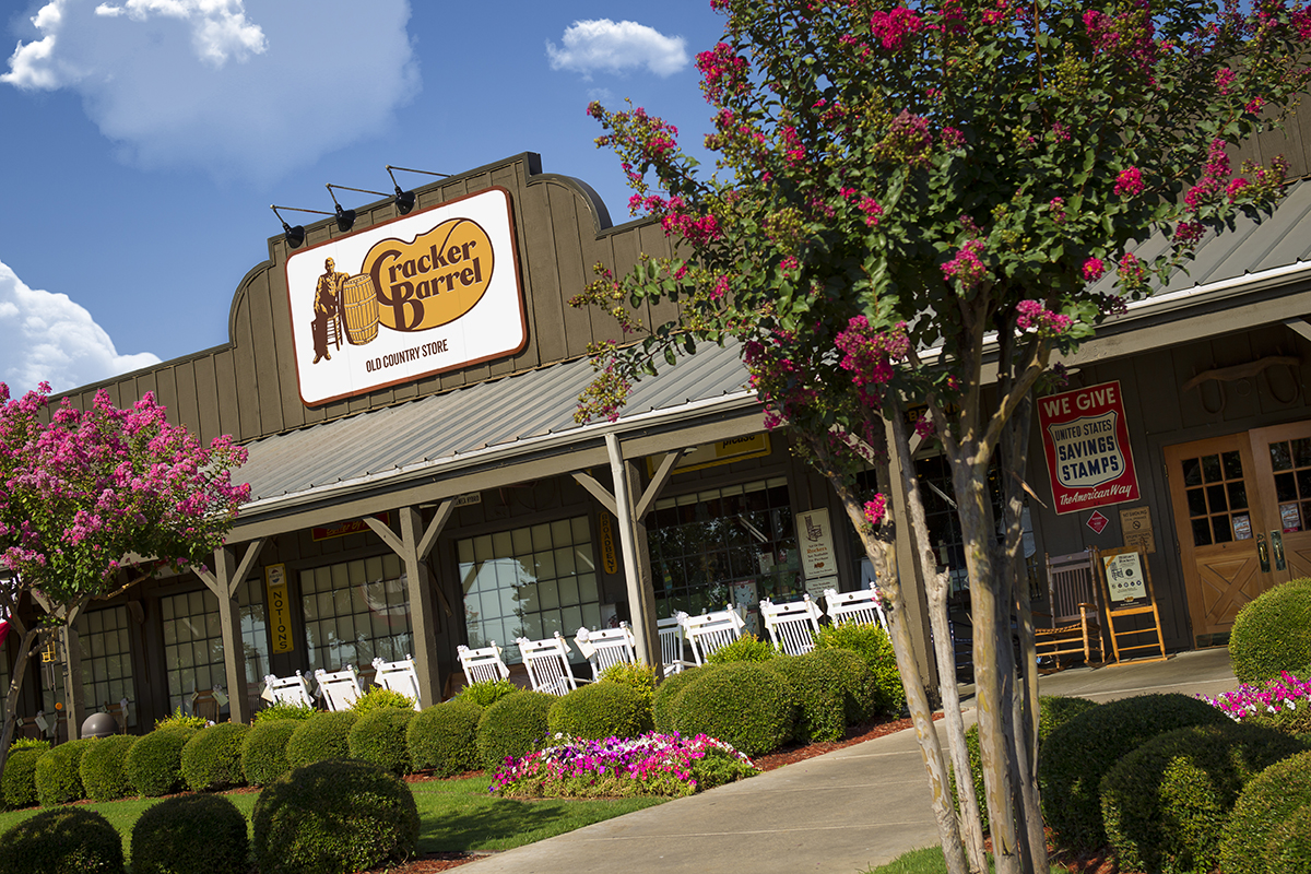 Recent storefront (Courtesy of Cracker Barrel)